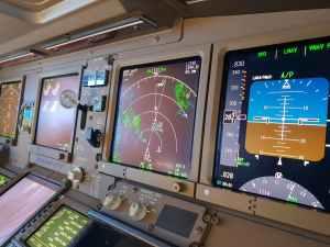 Cockpit einer Triple Seven